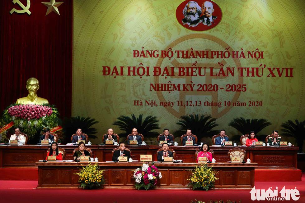 Báo cáo chính trị nêu mục tiêu đến năm 2025, GRDP/người của TP Hà Nội đạt 8.300-8.500 USD - Ảnh: NGUYỄN KHÁNH
